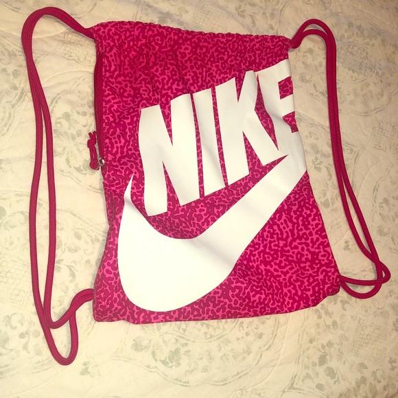 Nike Handbags - Nike draw string bag
